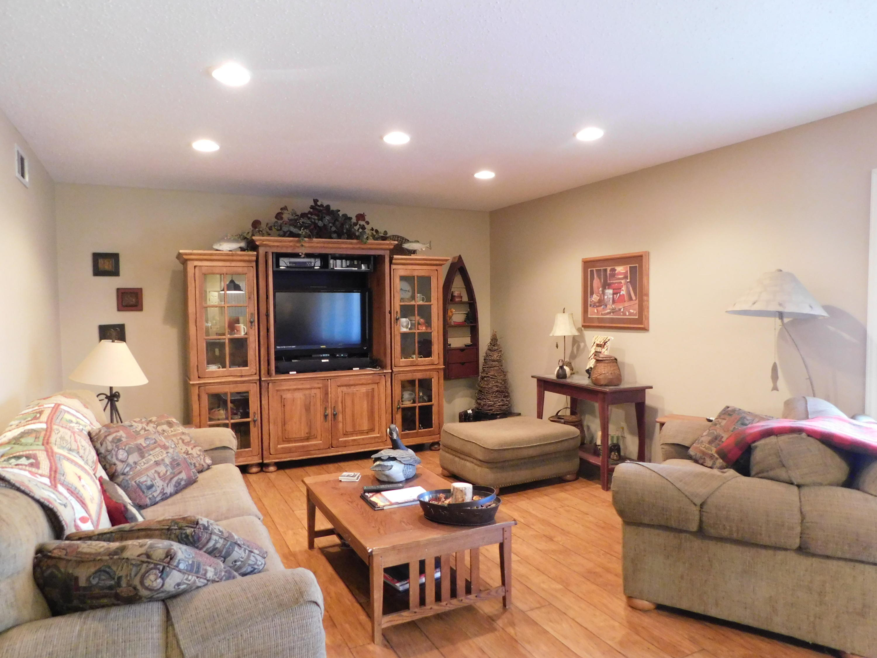 Large photo 19 of home for sale at 94 Gum Lane, Russellville, AR