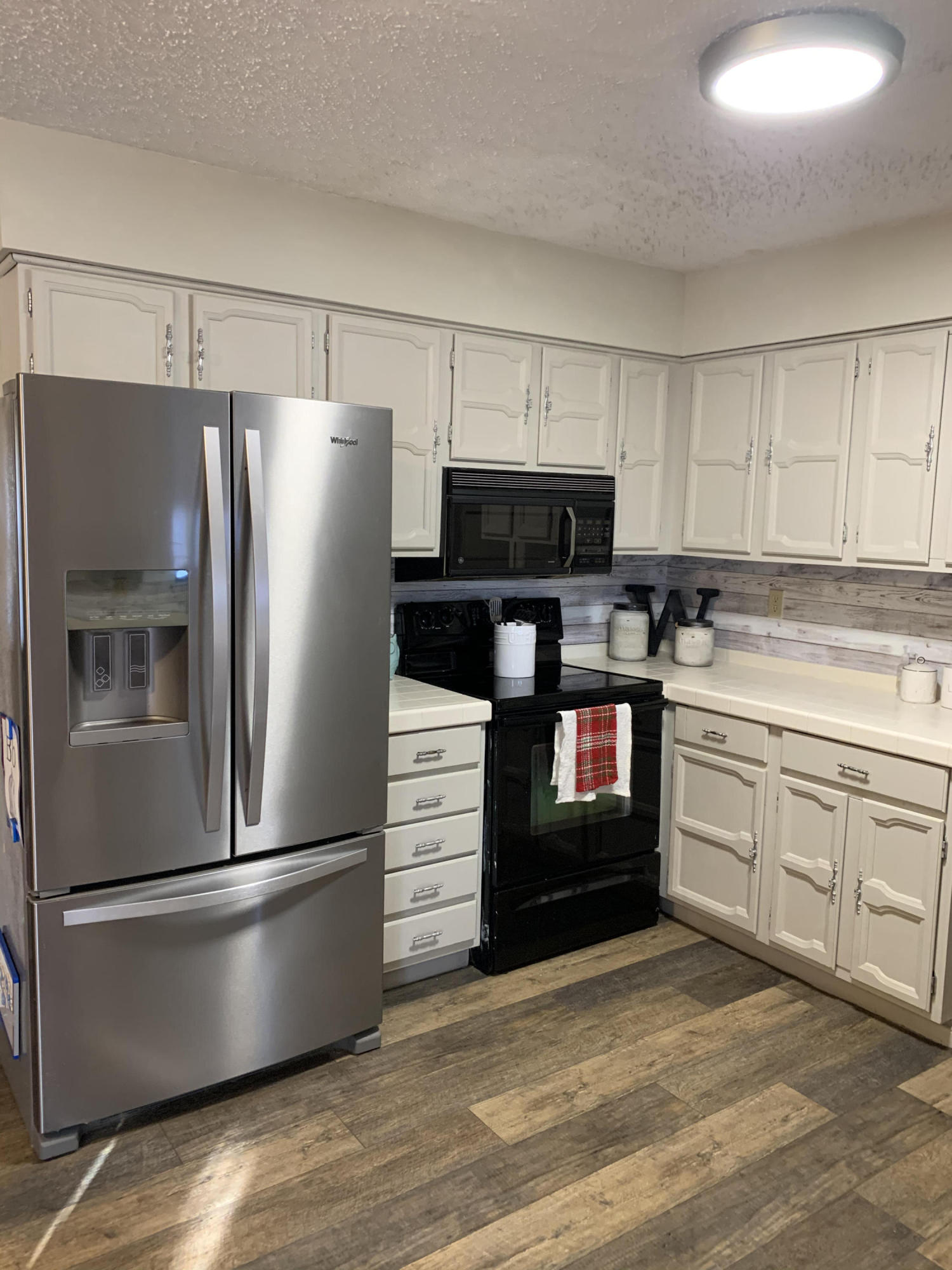 Large photo 13 of home for sale at 153 Meadow Lane, Dover, AR