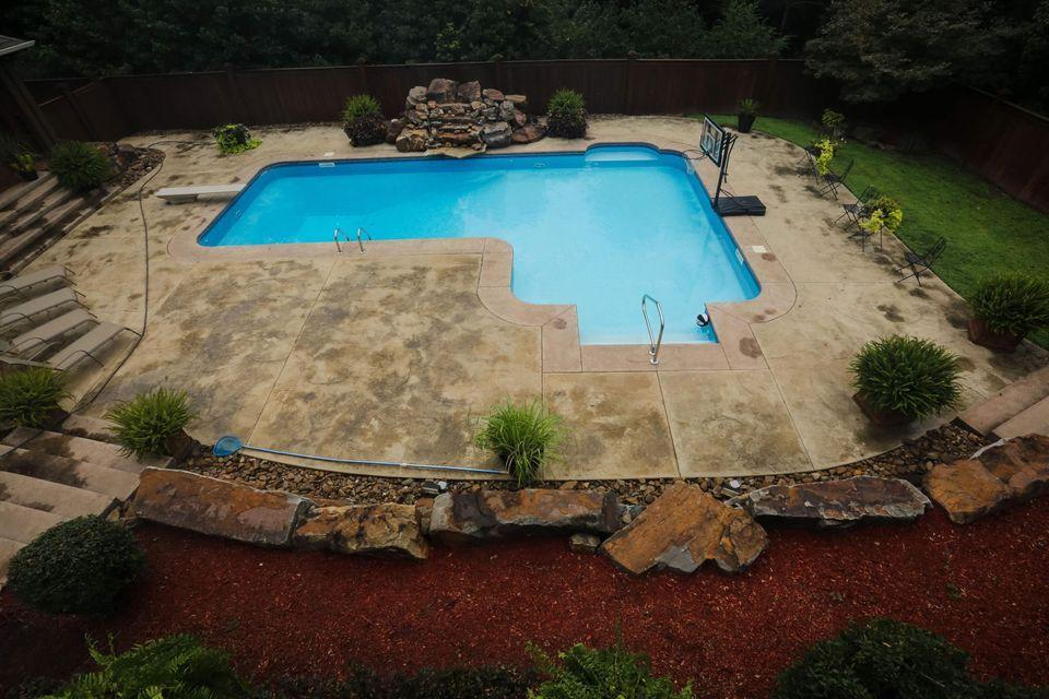 Large photo 5 of home for sale at 105 Skyridge Road, Russellville, AR
