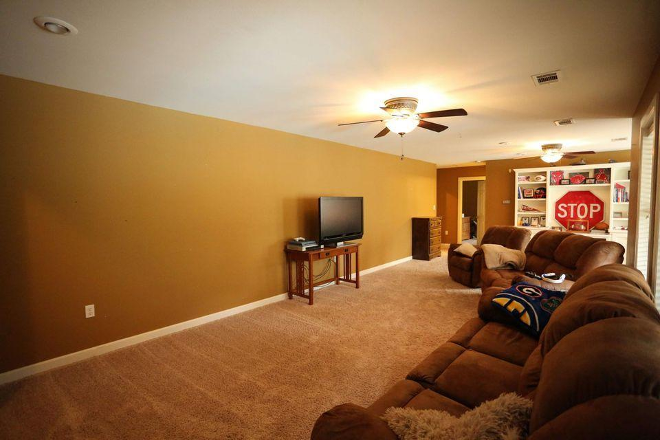 Large photo 19 of home for sale at 105 Skyridge Road, Russellville, AR