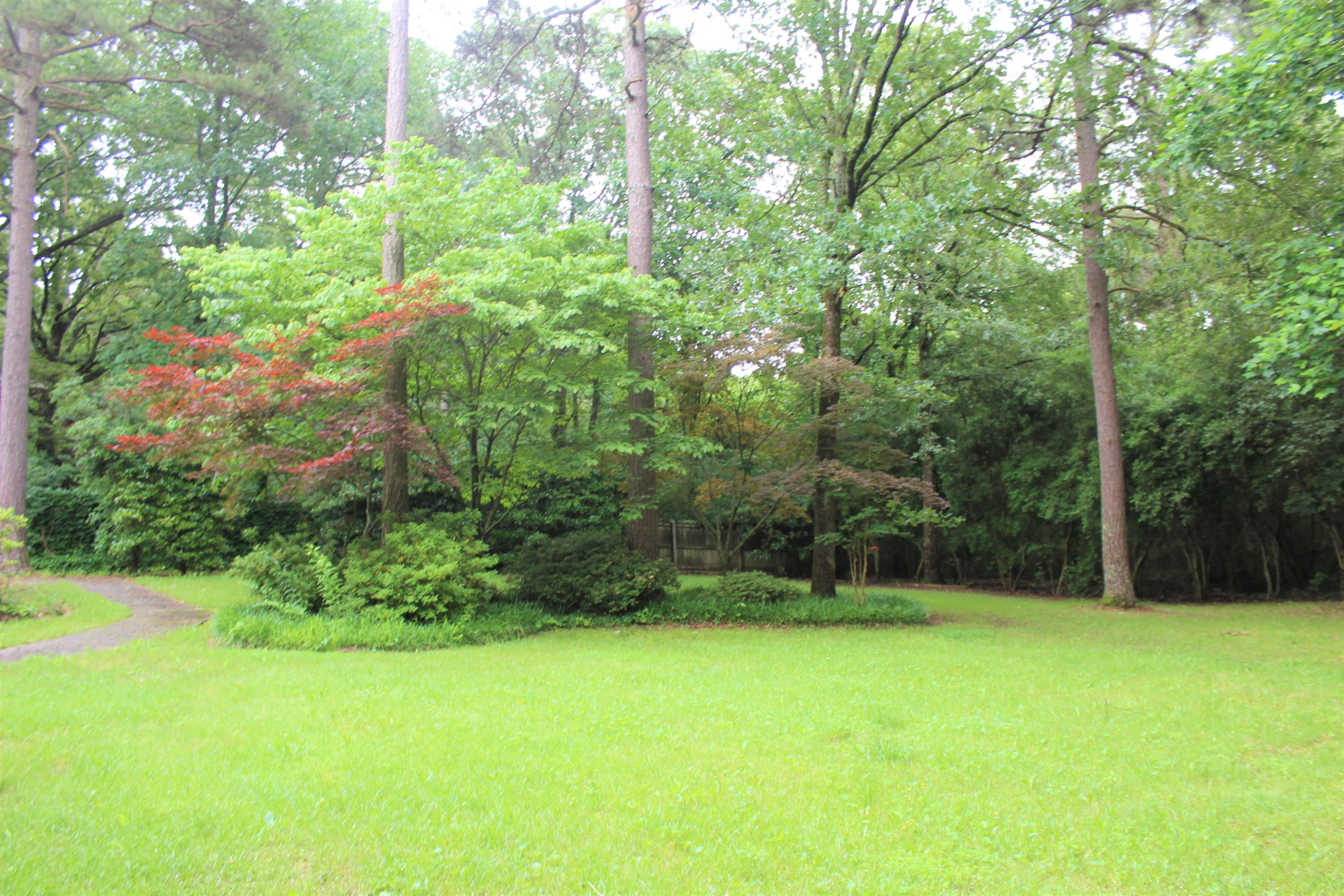 Large photo 43 of home for sale at 209 Hickory Hills Drive, Russellville, AR