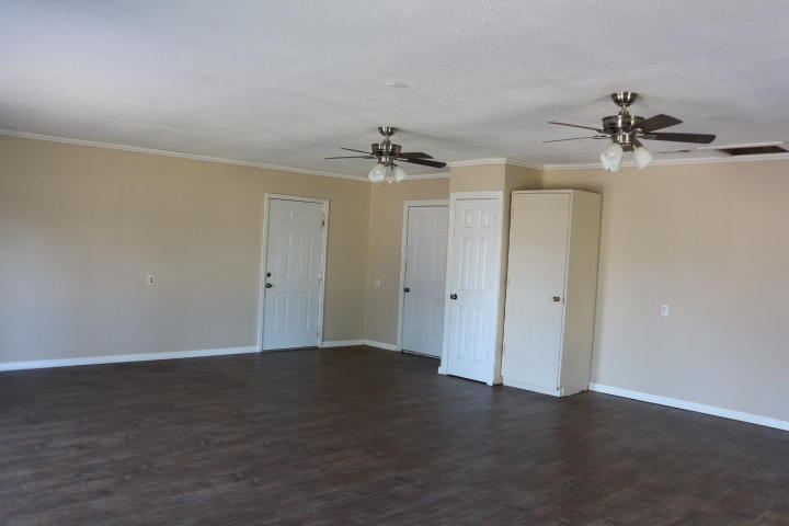 Large photo 3 of home for sale at 306 Peckerwood Lane, New Blaine, AR