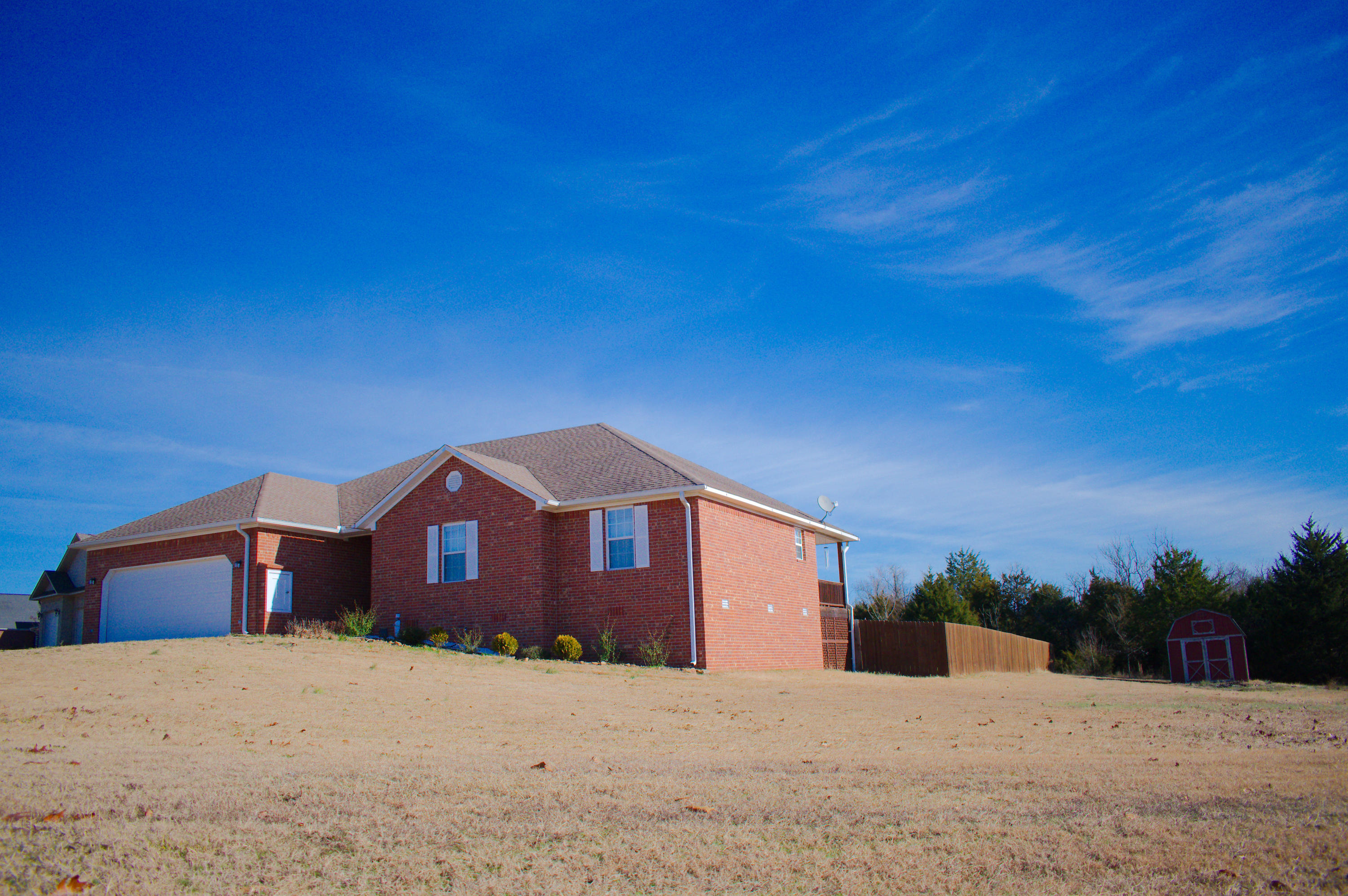 Large photo 34 of home for sale at 141 Mountain Point Road, Russellville, AR