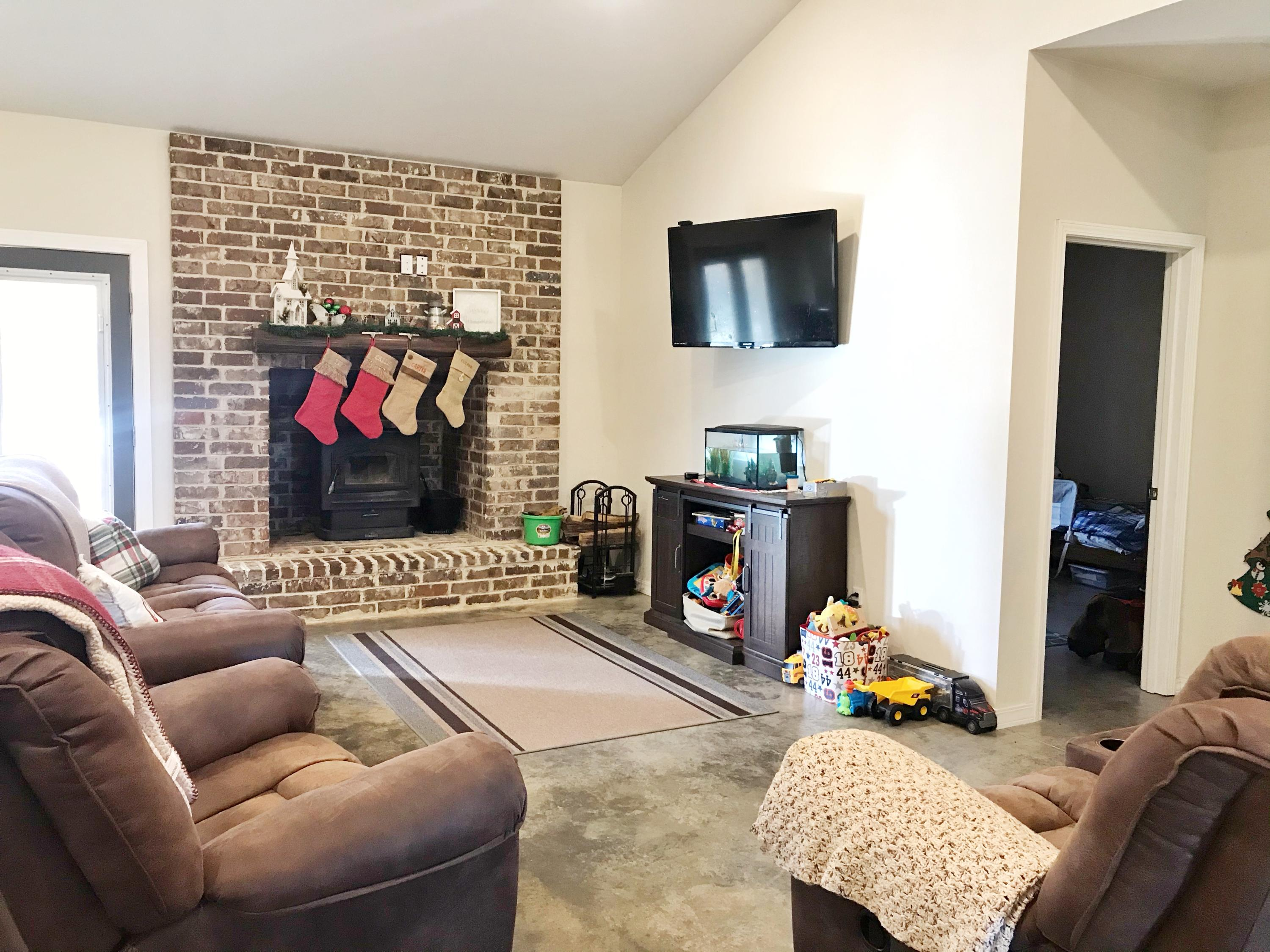 Large photo 6 of home for sale at 929 Reed Loop, Atkins, AR