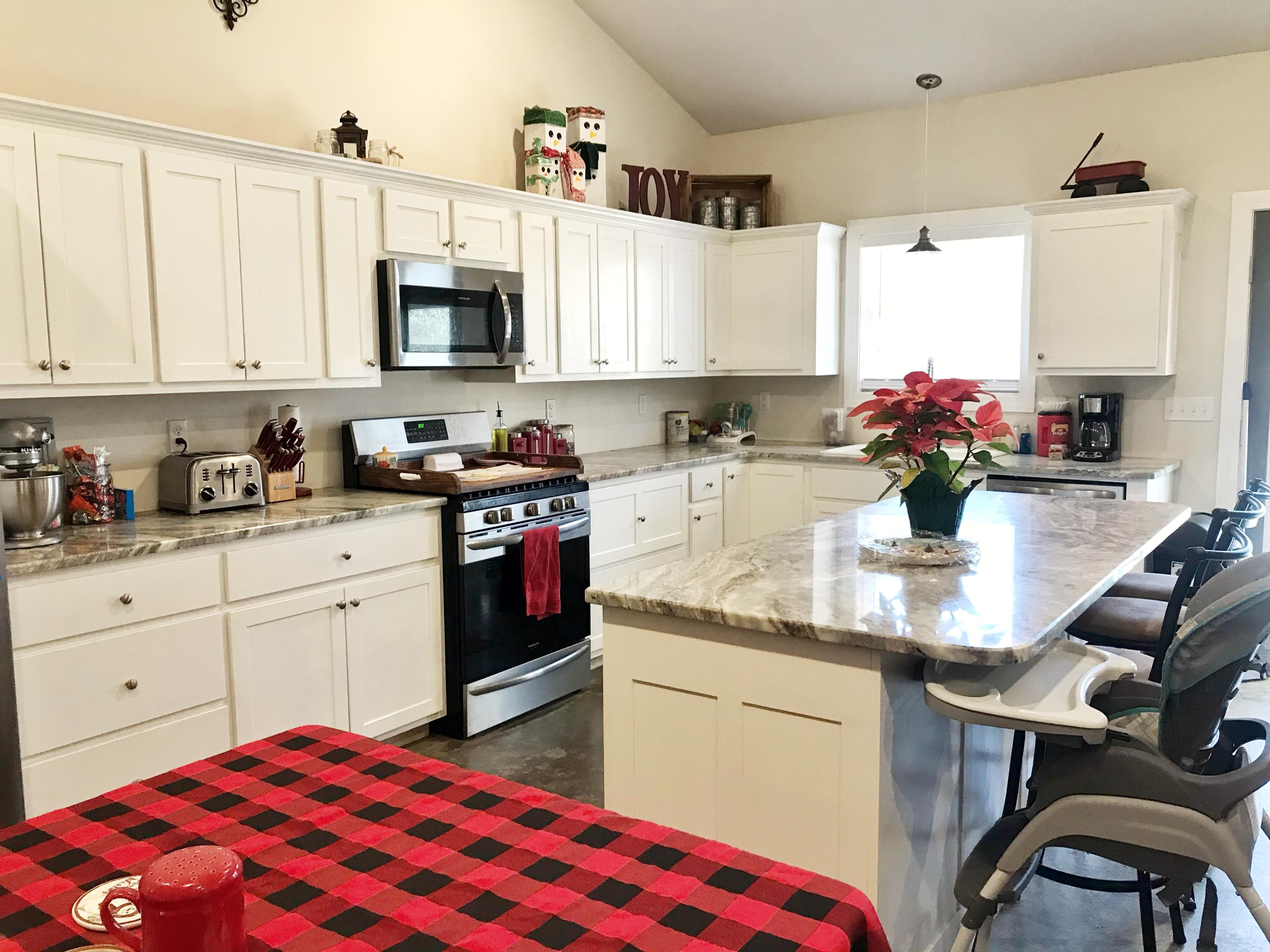 Large photo 7 of home for sale at 929 Reed Loop, Atkins, AR
