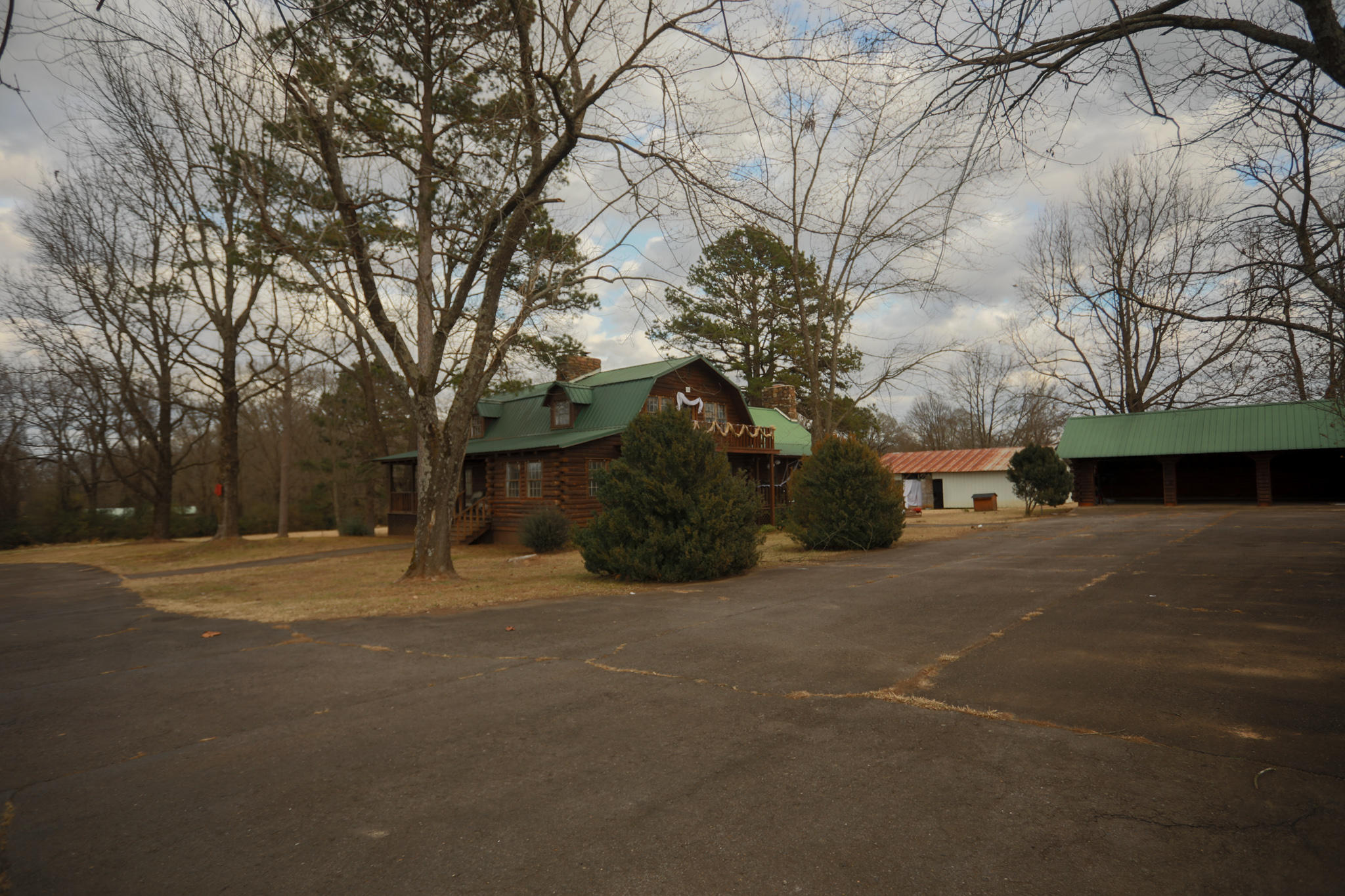 Large photo 4 of home for sale at 19852 AR-7 , Dardanelle, AR
