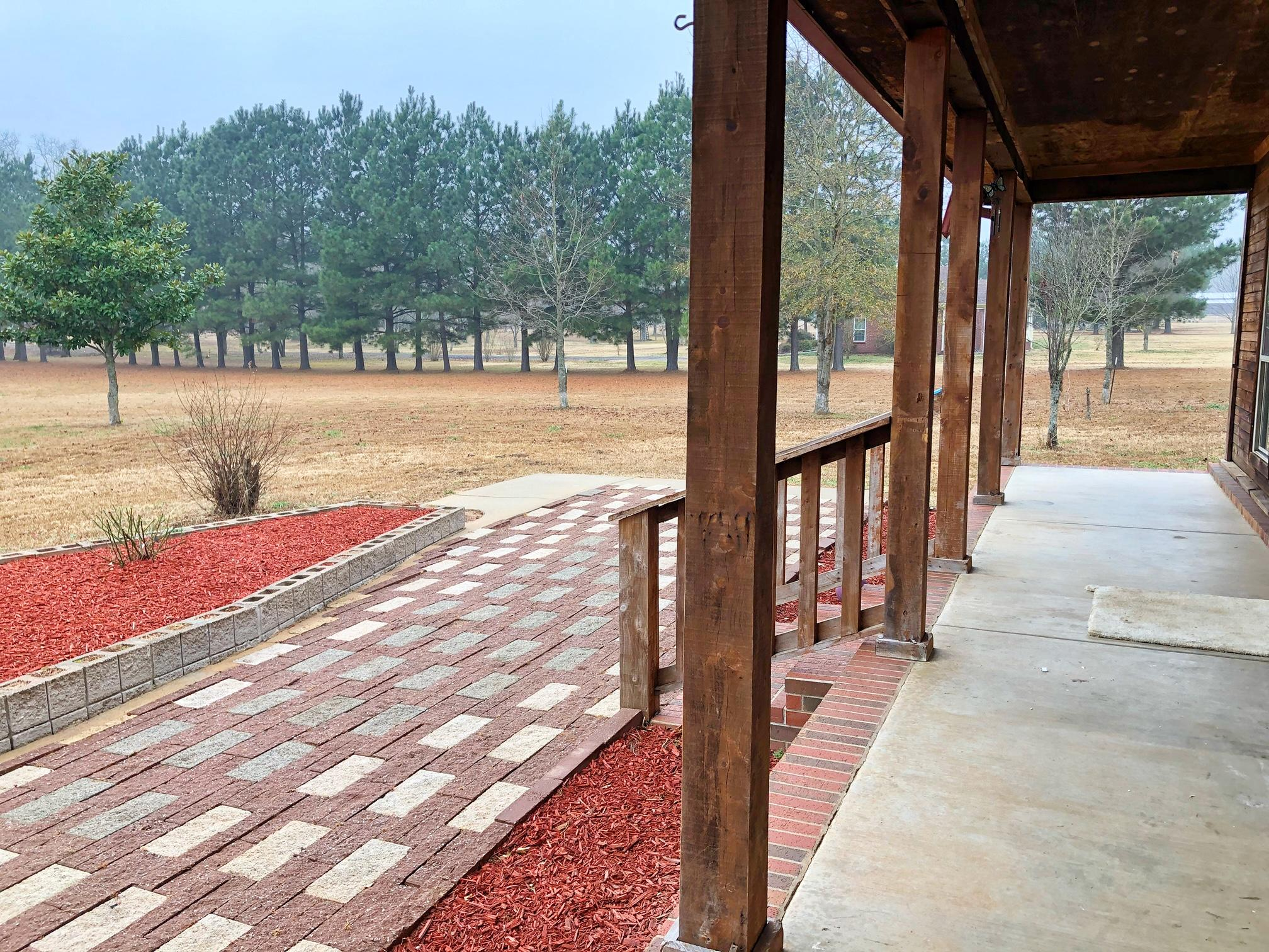 Large photo 5 of home for sale at 10160 Maddie Road, Dardanelle, AR