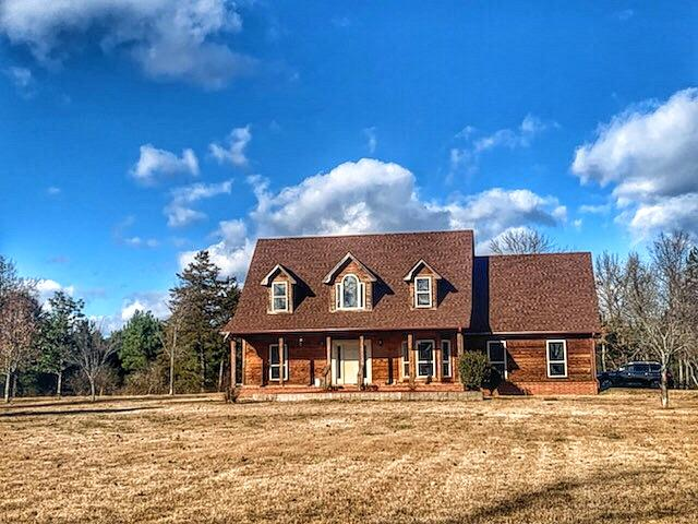 Large photo 2 of home for sale at 10160 Maddie Road, Dardanelle, AR