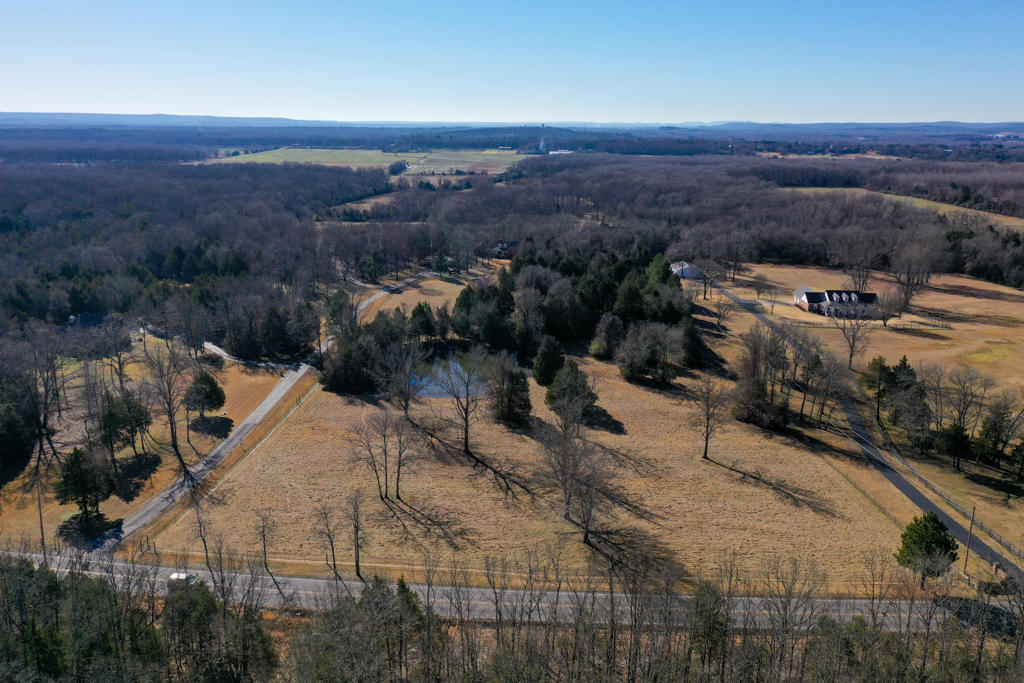 Large photo 7 of home for sale at 20 Blankenship Drive, Conway, AR