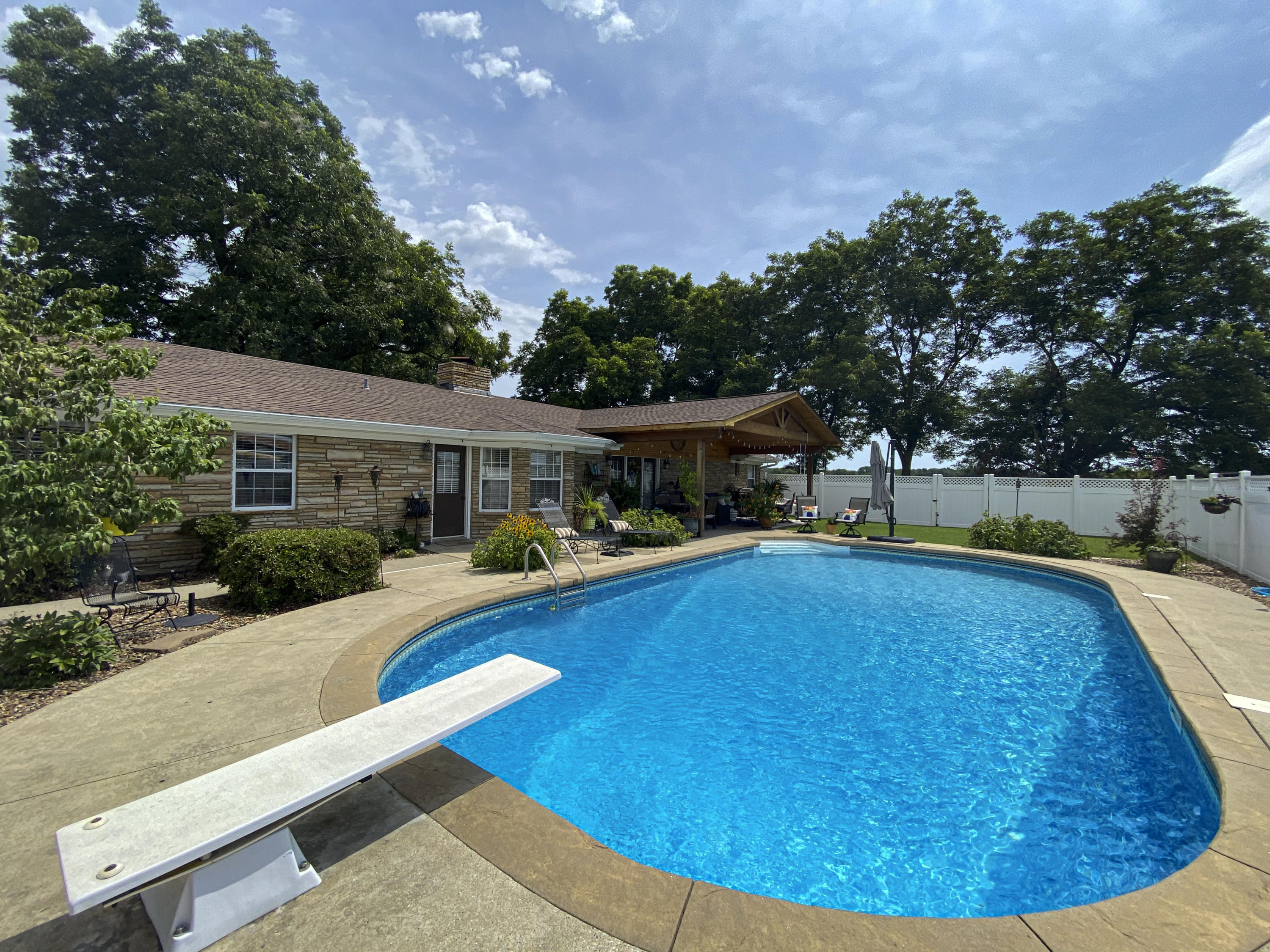 Large photo 2 of home for sale at 1437 Hudson Road, Pottsville, AR