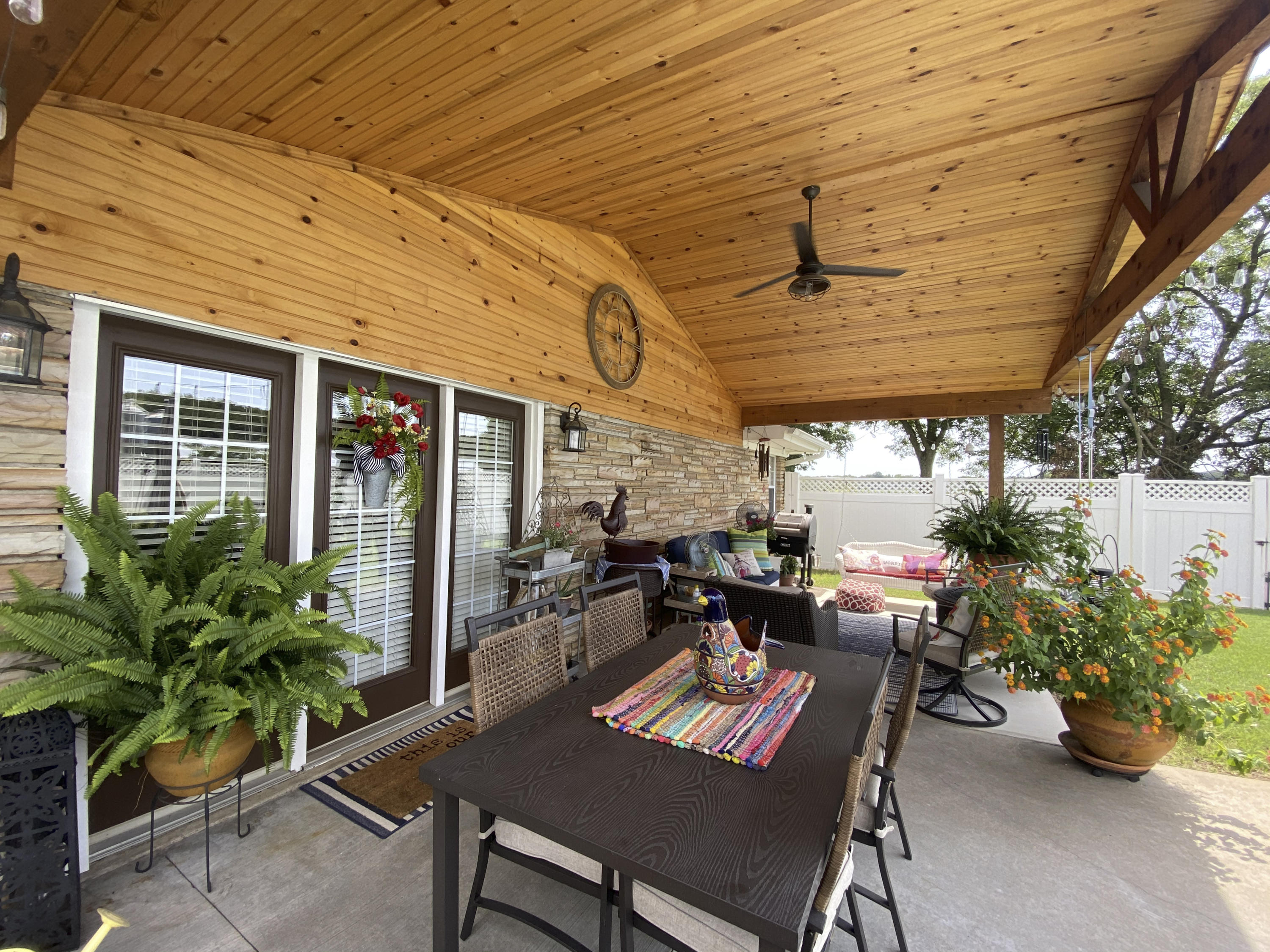 Large photo 4 of home for sale at 1437 Hudson Road, Pottsville, AR
