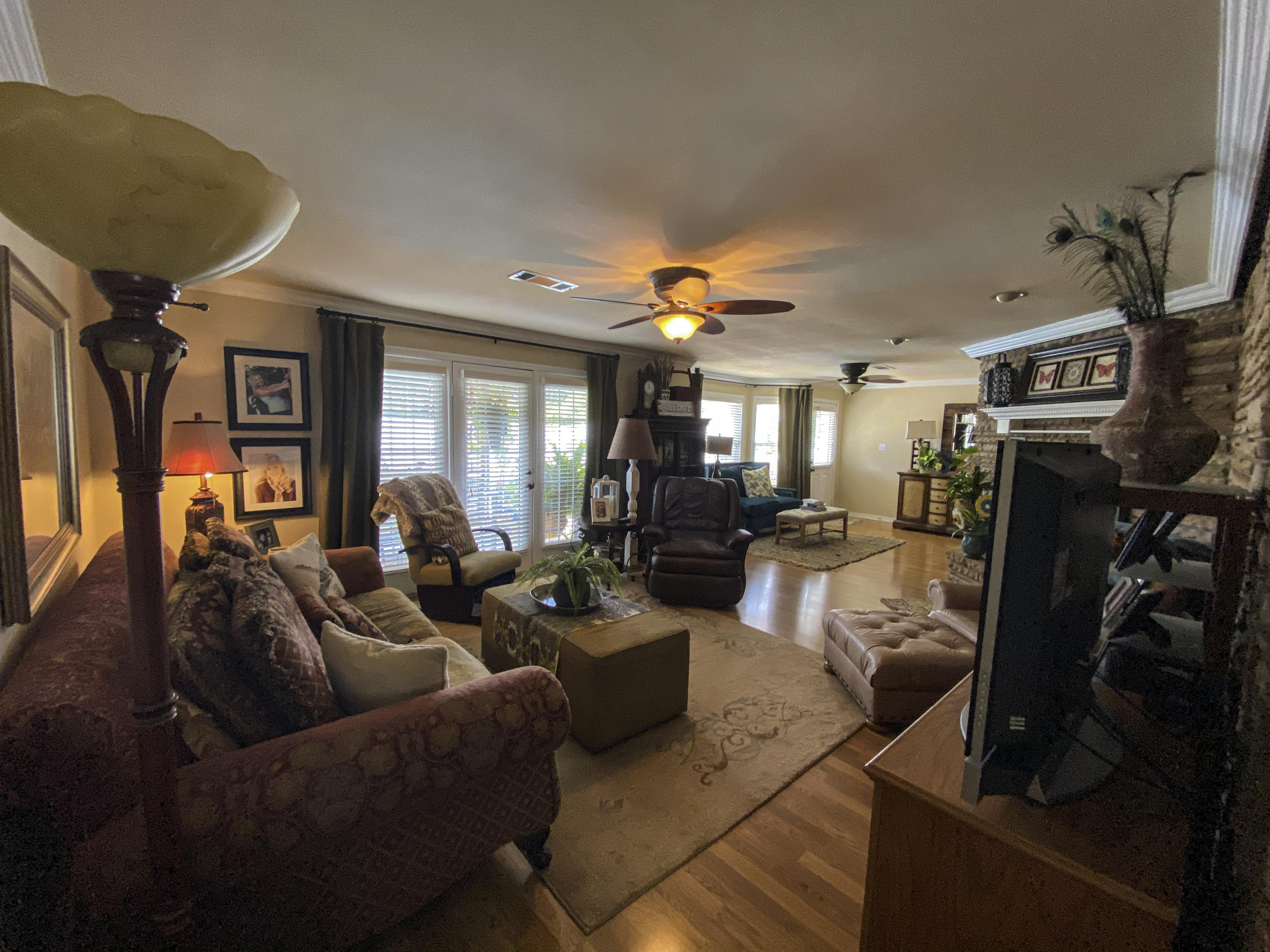 Large photo 8 of home for sale at 1437 Hudson Road, Pottsville, AR