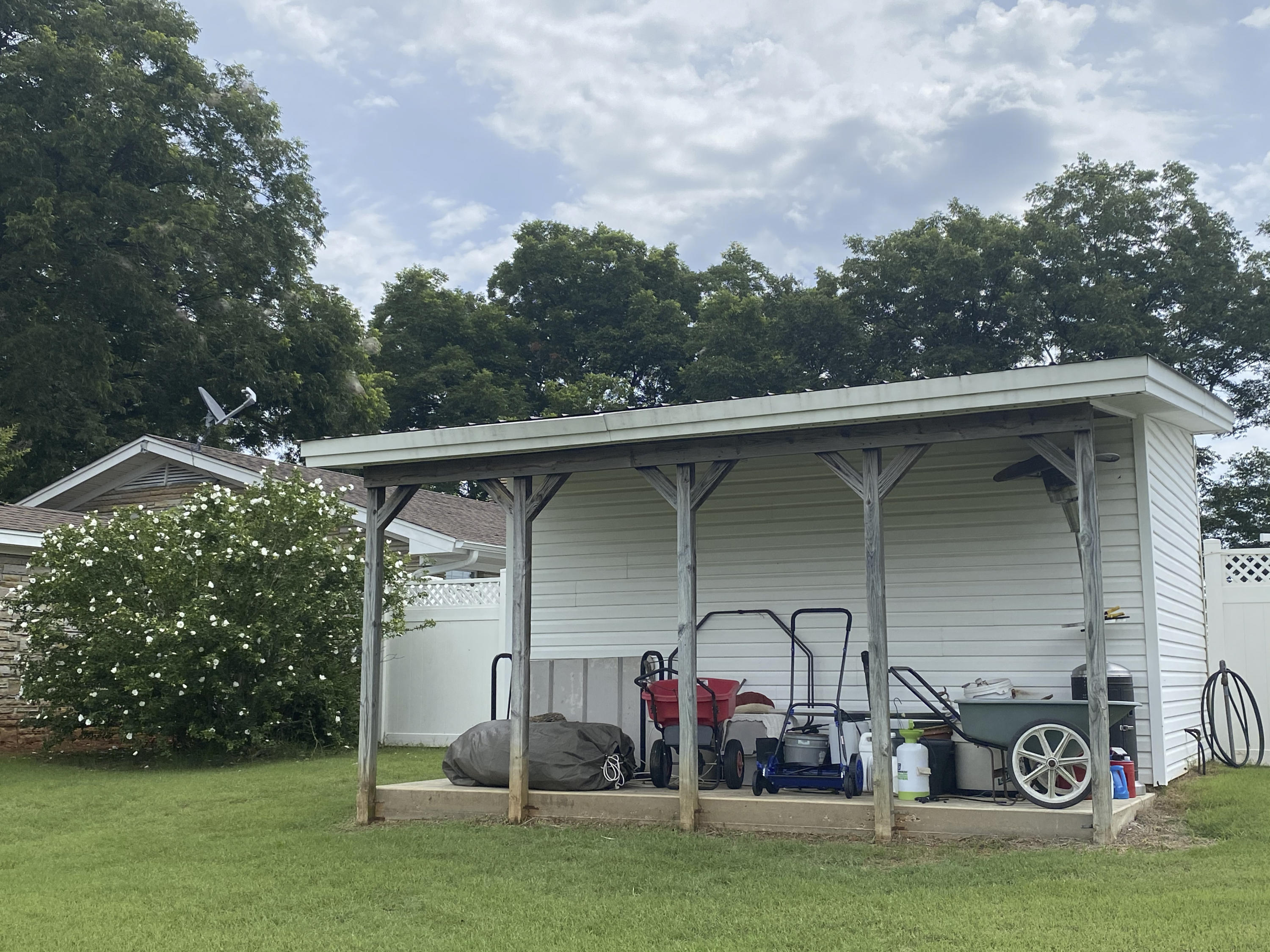 Large photo 32 of home for sale at 1437 Hudson Road, Pottsville, AR