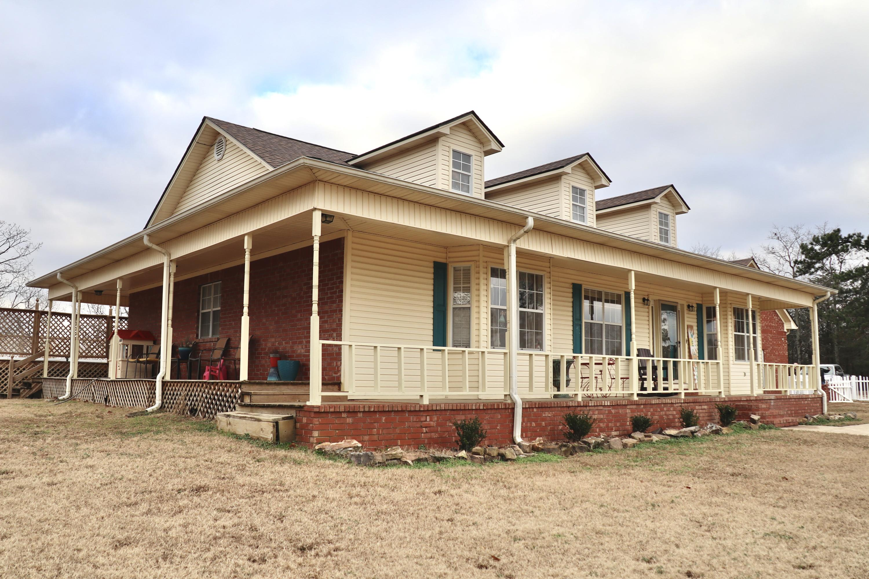 Large photo 1 of home for sale at 927 Philpot Road, Ozark, AR