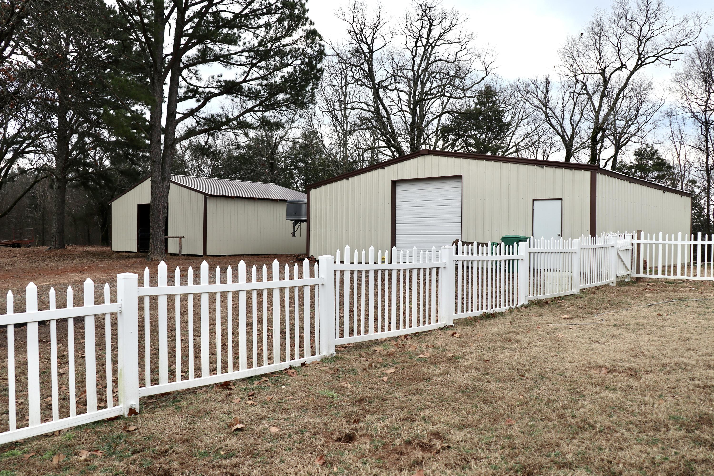 Large photo 4 of home for sale at 927 Philpot Road, Ozark, AR