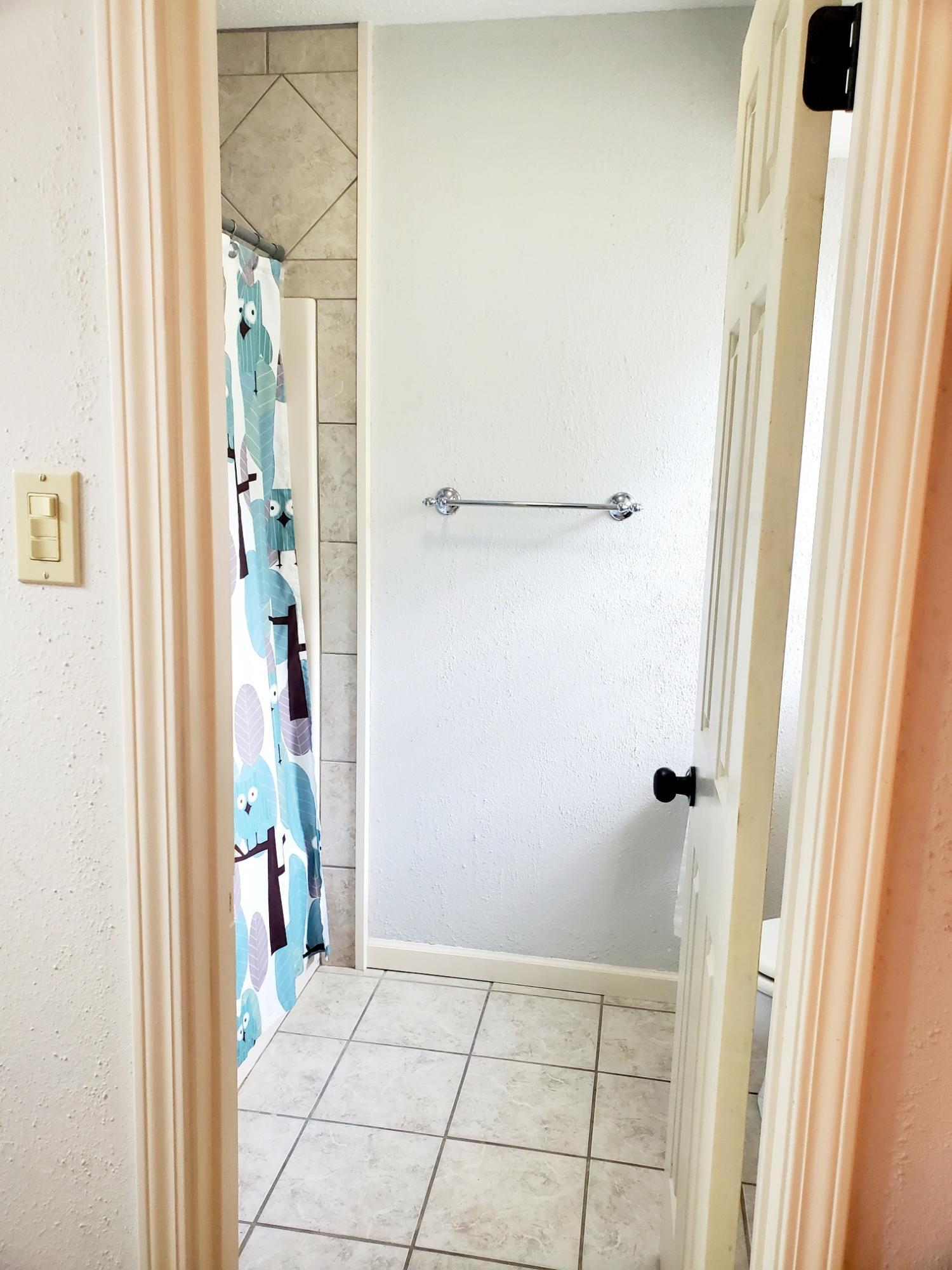 Bathroom 2 - 3