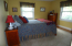 2ND BEDROOM. NICE AND BRIGHT AND THE ROOM IS A GOOD SIZE.