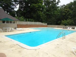 Community Pool!