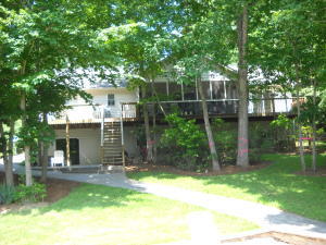 102 Bayview CT, Moneta, VA 24121