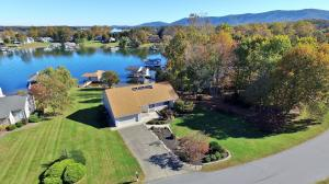 2790 Waters Edge DR, Penhook, VA 24137
