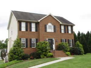 495 BROOKFIELD LN, Roanoke, VA 24012