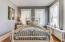 Secondary bedroom (2)