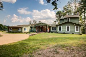 1201 Crestmoor DR SW, Roanoke, VA 24018