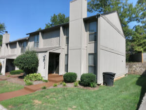 7232 Woods Crossing DR, Roanoke, VA 24018