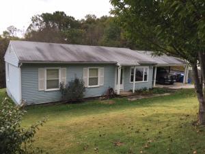 6636 NEWPORT RD, Catawba, VA 24070
