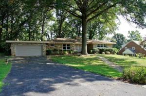 1305 LAKEWOOD DR SW, Roanoke, VA 24015