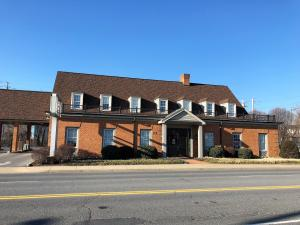 116 W Riverside ST, Covington, VA 24426