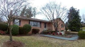 2201 Ross LN SW, Roanoke, VA 24015