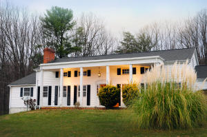 1107 Coopers Cove RD, Hardy, VA 24101