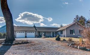6302 Dry Hollow RD, Salem, VA 24153