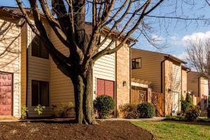 125 Windward DR SW, Roanoke, VA 24018