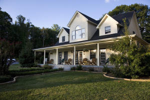 156 Meadow Brook LN, New Castle, VA 24127