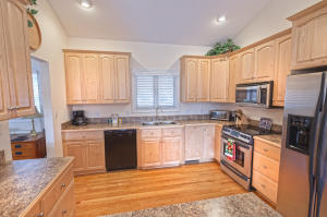Plenty of cabinets and coutner space