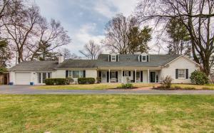 1318 Crestmoor DR SW, Roanoke, VA 24018