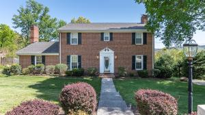 Welcome Home to this Stately Colonial!!