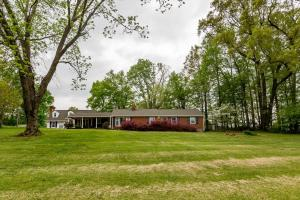 215 Barfoot West RD, Rocky Mount, VA 24151