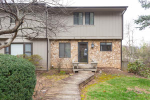 3359 KELLY LN, Roanoke, VA 24018