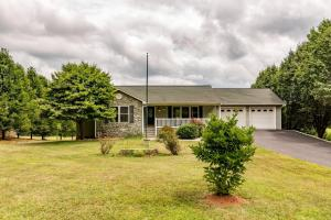 5660 GRASSY HILL RD, Rocky Mount, VA 24151