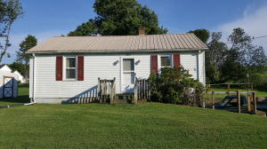 3275 Country Club RD, Troutville, VA 24175