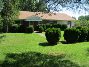 39 LOBLOLLY LN, Glade Hill, VA 24092