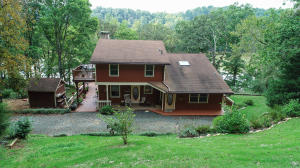 400 GARRETT FARM RD, Madison Heights, VA 24572