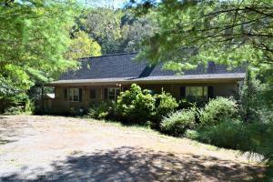 1284 Meadow Run RD SE, Copper Hill, VA 24079