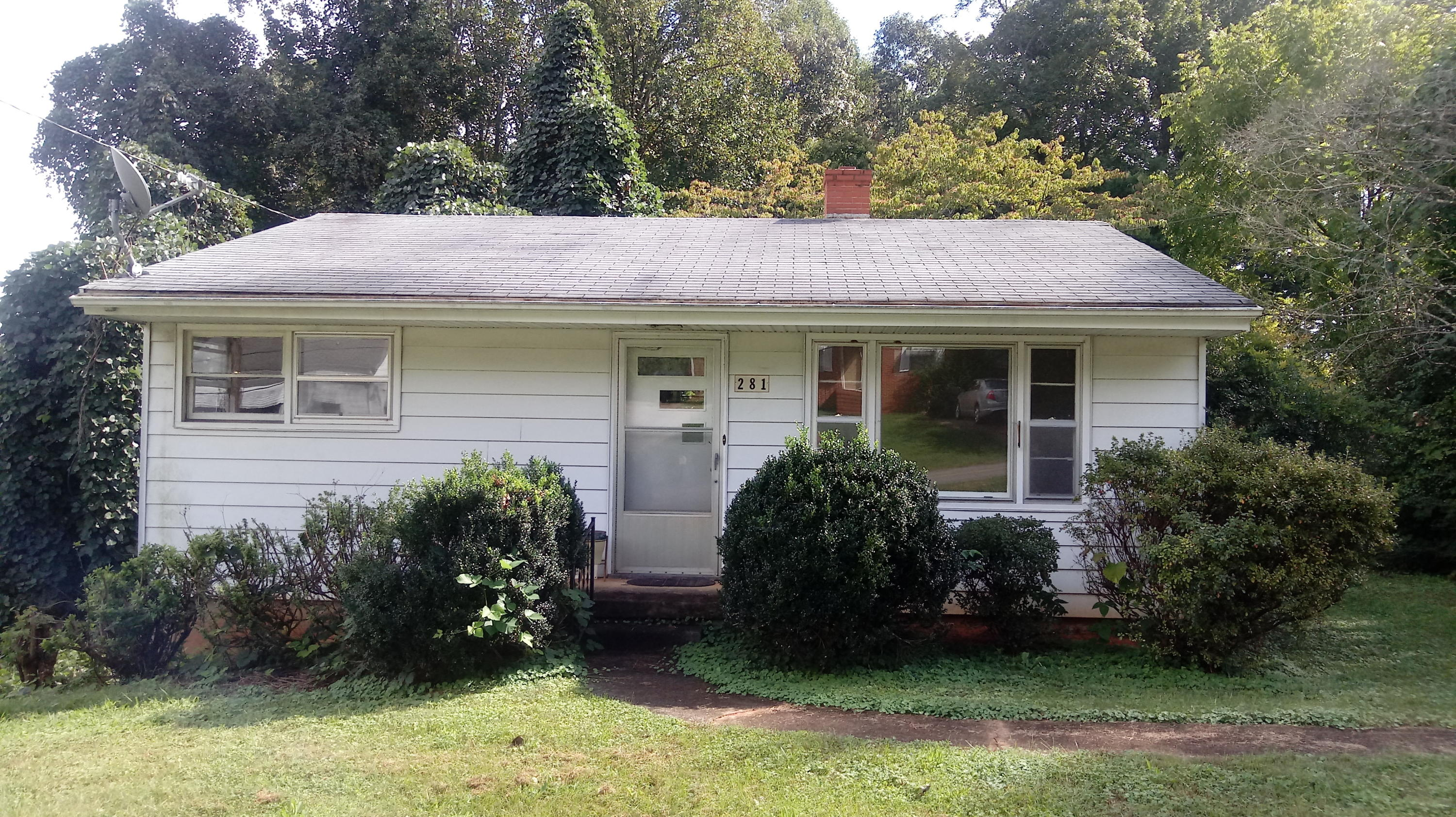Photo of 281 Paul ST Collinsville VA 24078