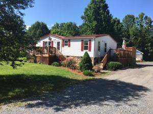 3290 Catawba Valley DR, Salem, VA 24153
