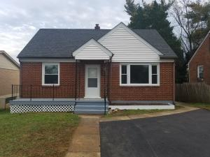 2621 Radford RD NE, Roanoke, VA 24012