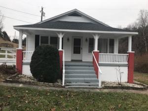 42 Powell RD, Buchanan, VA 24066